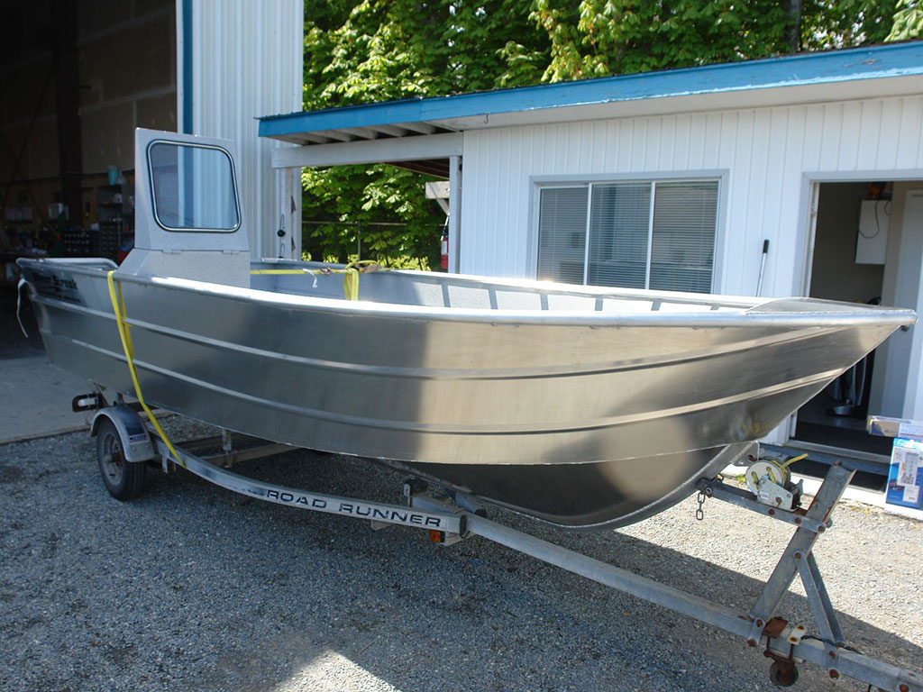 the open boat Boattradercom is your online source for all your boating needs with thousands of new and used boats for sale sell your boat in front of millions of prospective.