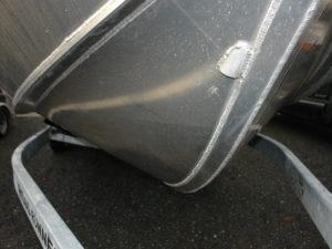 Keel-guard-on-hull-bottom-(beaching-wear-strip) - Silver