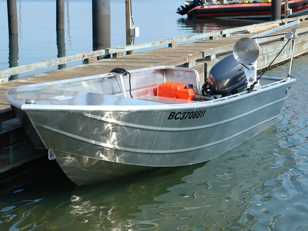 14 39 open boat shallow water edition aluminum boat by for Shallow water fishing boats