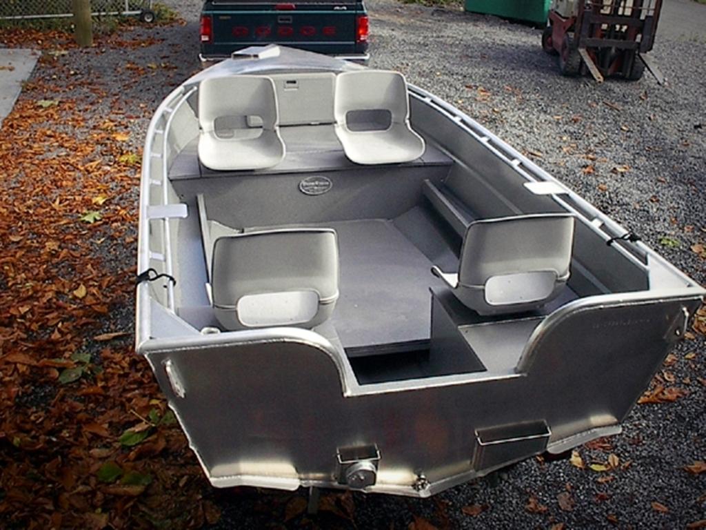 14' Open Boat - Deep Vee - Aluminum Boats by Silver Streak Boats