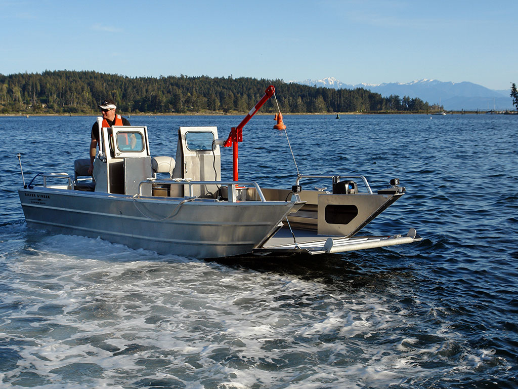 19 Prospector Jet Landing Craft Aluminum Boat By Silver